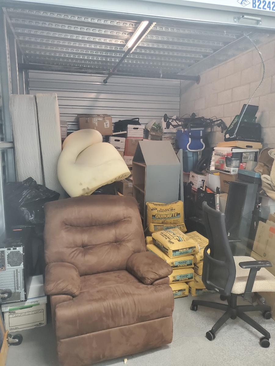 South Bay Storage W Anaheim St Online Auction Los Angeles Ca Locate Auctions